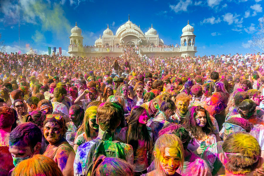 Holi-One festival
